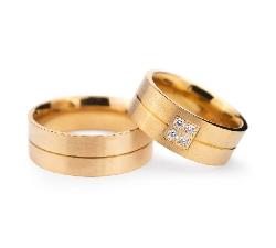 """Золотые обручальные кольца с бриллиантами """"VMA 130"""""""