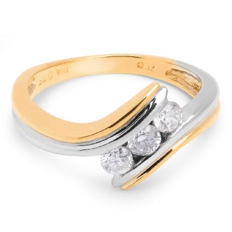 "Помолвочное кольцо с бриллиантами ""В объятиях любви 3"""