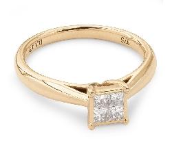"""Золотое кольцо с бриллиантом """"Принцессы 7"""""""