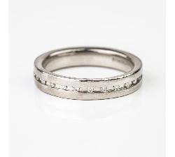 """Auksinis žiedas su Briliantais """"Aplink"""""""