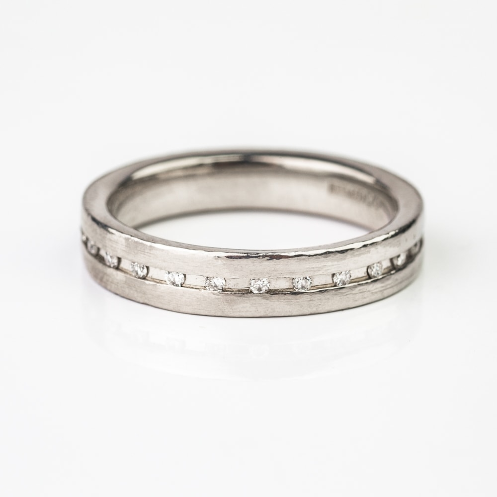 """Помолвочное кольцо с Бриллиантами """"Алмазная полоска 11"""""""