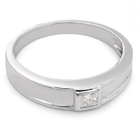 """Золотое кольцо с алмазом """"Принцесса 9"""""""