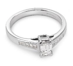 """Saderināšanās gredzens ar dimantiem """"Neaizmirstams 4"""""""