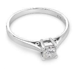 """Помолвочное кольцо с Aлмазом """"Единственная 19"""""""