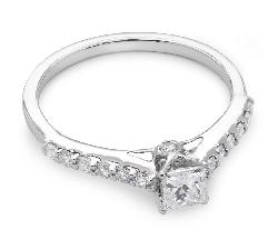 """Помолвочное кольцо с алмазами """"Принцесса 10"""""""