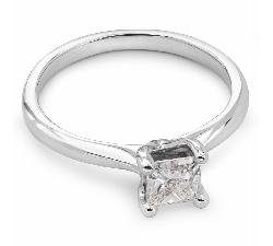 """Помолвочное кольцо с алмазом """"Принцесса 13"""""""