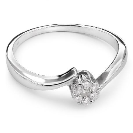 """Zelta gredzens ar briljantiem """"Mīlestības apskāvienos 12"""""""