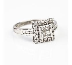 """Sužadėtuvių žiedas su Deimantais """"Modernioji"""""""