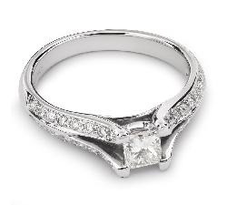 """Помолвочное кольцо с алмазами """"Принцесса 30"""""""