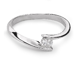 """Помолвочное кольцо с Бриллиантом """"В объятиях любви 22"""""""