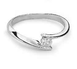 """Saderināšanās gredzens ar Briljantu """"Mīlestības apskāvienos 22"""""""