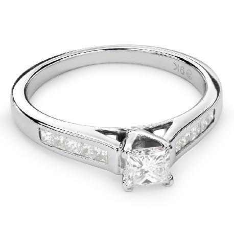 """Помолвочное кольцо с алмазами """"Принцесса 50"""""""