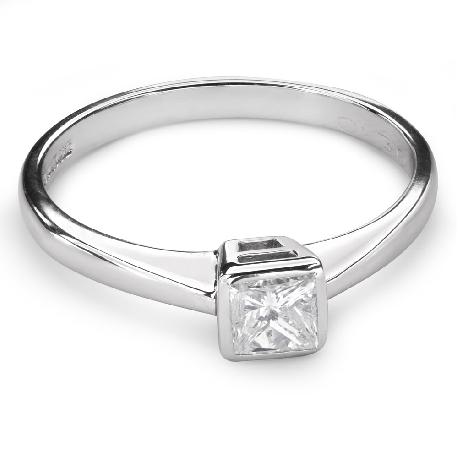 """Помолвочное кольцо с алмазом """"Принцесса 65"""""""