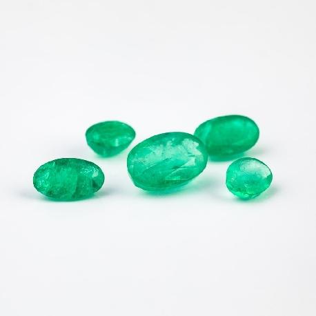Smaragdai 2.5mm