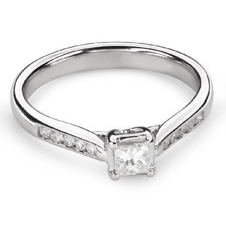 """Помолвочное кольцо с алмазами """"Принцесса 82"""""""