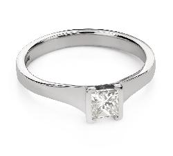 """Помолвочное кольцо с алмазами """"Принцесса 104"""""""