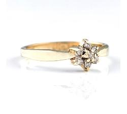 """Zelta gredzens ar briljantiem """"Ziediņš 3"""""""