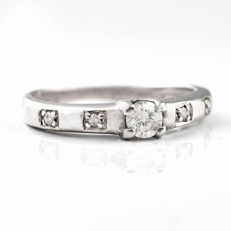 "Помолвочное кольцо с бриллиантами ""Прочность IV"""