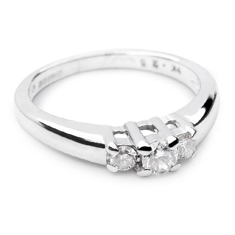 """Золотое кольцо с бриллиантами """"Трилогия 2"""""""