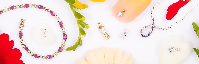 Подвески с драгоценными камнями