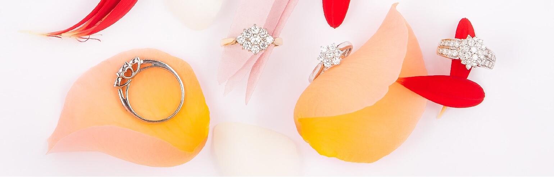 Кольца с алмазами